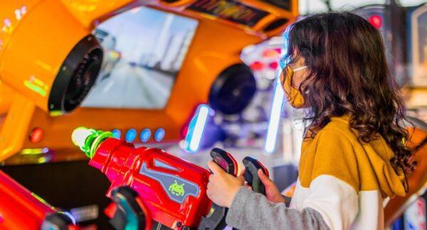kid in st augustine arcade